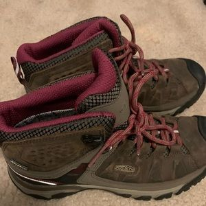 Keen utility/ hiking boots